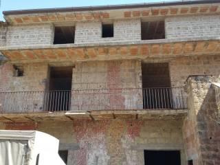 Foto - Gebäude tre piani, Renovierung notwendig, Marcianise