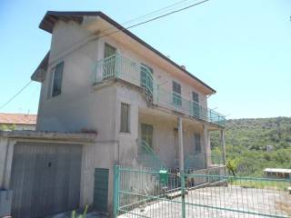 Foto - Casa indipendente via Don E Voglino, Mornese