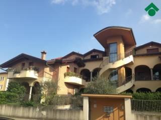 Foto - Palazzo / Stabile via Cantore General Antonio, 32, Giussano