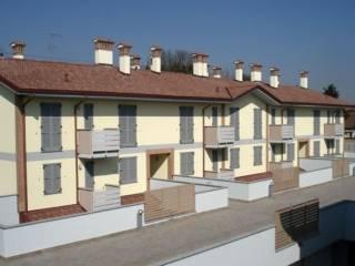 Foto - Bilocale via Petrarca, Ossona
