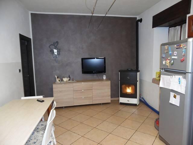 Foto 1 di Casa indipendente Via Mattea Giuseppe, Mathi