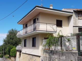 Foto - Villa via Valeggia 6, Carenno