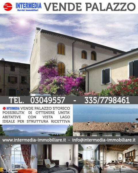 foto  Palazzo / Stabile via Trento, Gargnano
