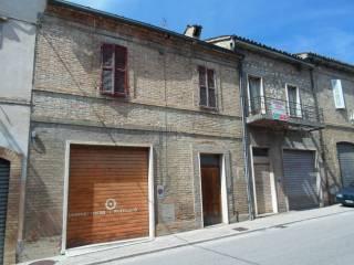 Foto - Casa indipendente via Trento 8, Comunanza