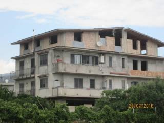 Foto - Palazzo / Stabile tre piani, nuovo, Gioiosa Ionica