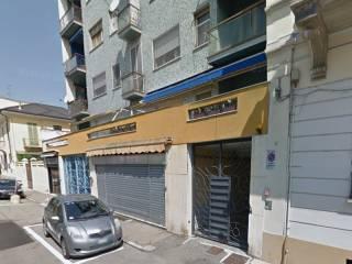 Case in Affitto: Vercelli Bilocale via Agordat 14, Centro città, Vercelli