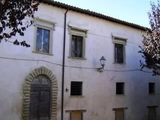 Foto - Palazzo / Stabile due piani, da ristrutturare, Barchi