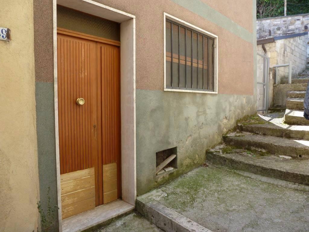 foto  Appartamento via Giuseppe Garibaldi 45, Bagnoli del Trigno