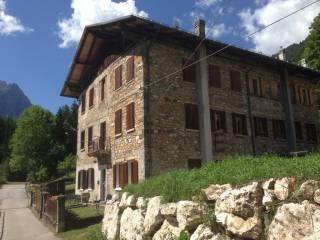 Foto - Casa indipendente via Moiazza, Dont, Forno Di Zoldo