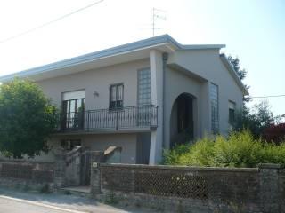 Foto - Villa, ottimo stato, 300 mq, Villanova Di Reggiolo, Reggiolo