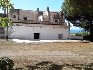 Case indipendenti in vendita torre del greco for Case in vendita torre del greco