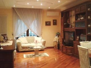 Foto - Trilocale via R  Morandi 16, Calvizzano