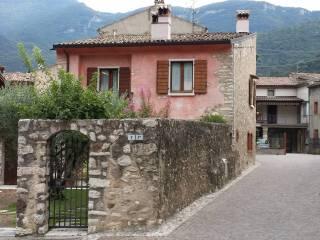 Foto - Villa via Adige 7, Rivalta, Brentino Belluno