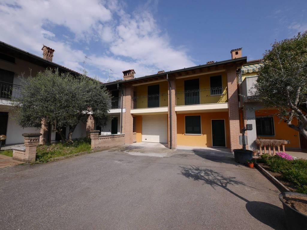 foto ESTERNO Casa independiente via San Giorgio, Pumenengo