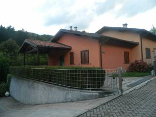 Photo - Terraced house via Castello, Centro Valle Intelvi