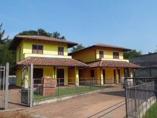 Foto - Villa unifamiliare via Borgomanero, Cressa