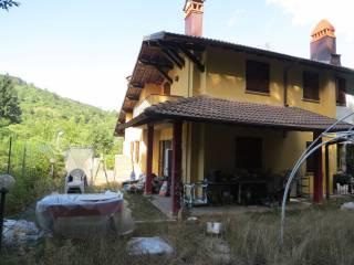 Foto - Villa via Adolfo Toccafondi 19, Montepiano, Vernio