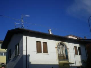 Foto - Appartamento via mainenti, Vestenanova