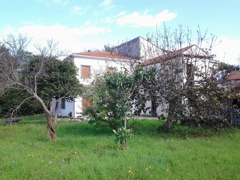 foto  Villa via Chiaia 9, Sant'Ambrogio sul Garigliano