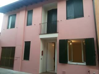 Foto - Casa indipendente via Benefattori, Calvisano