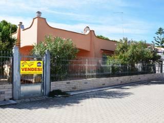 Foto - Villa via delle Tuberose 53, San Pietro, Manduria