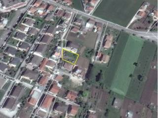 Foto - Terreno edificabile residenziale a Aquino