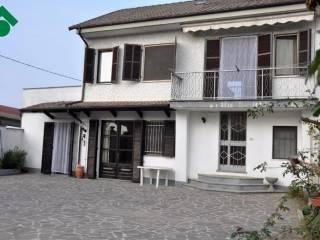 Foto - Casa indipendente corso G  Battista Volpini 3, Molini, Isola D'Asti