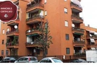 Foto - Trilocale viale Dante Alighieri, Pomezia