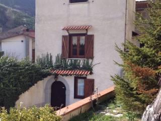 Foto - Palazzo / Stabile via Rondine, Pastena, Castelpetroso