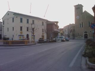 Foto - Casa indipendente piazza della Vittoria 1, Pianello Vallesina, Monte Roberto