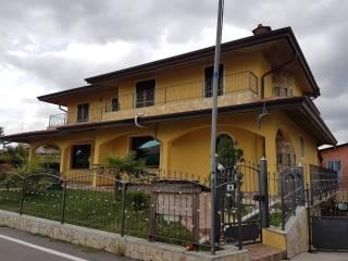 Photo - Two-family villa, excellent condition, 500 sq.m., Carobbio degli Angeli