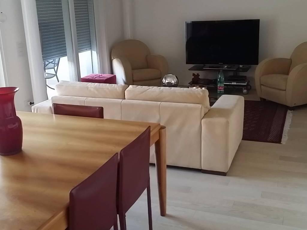 foto soggiorno Appartamento nuovo, piano terra, Treviso