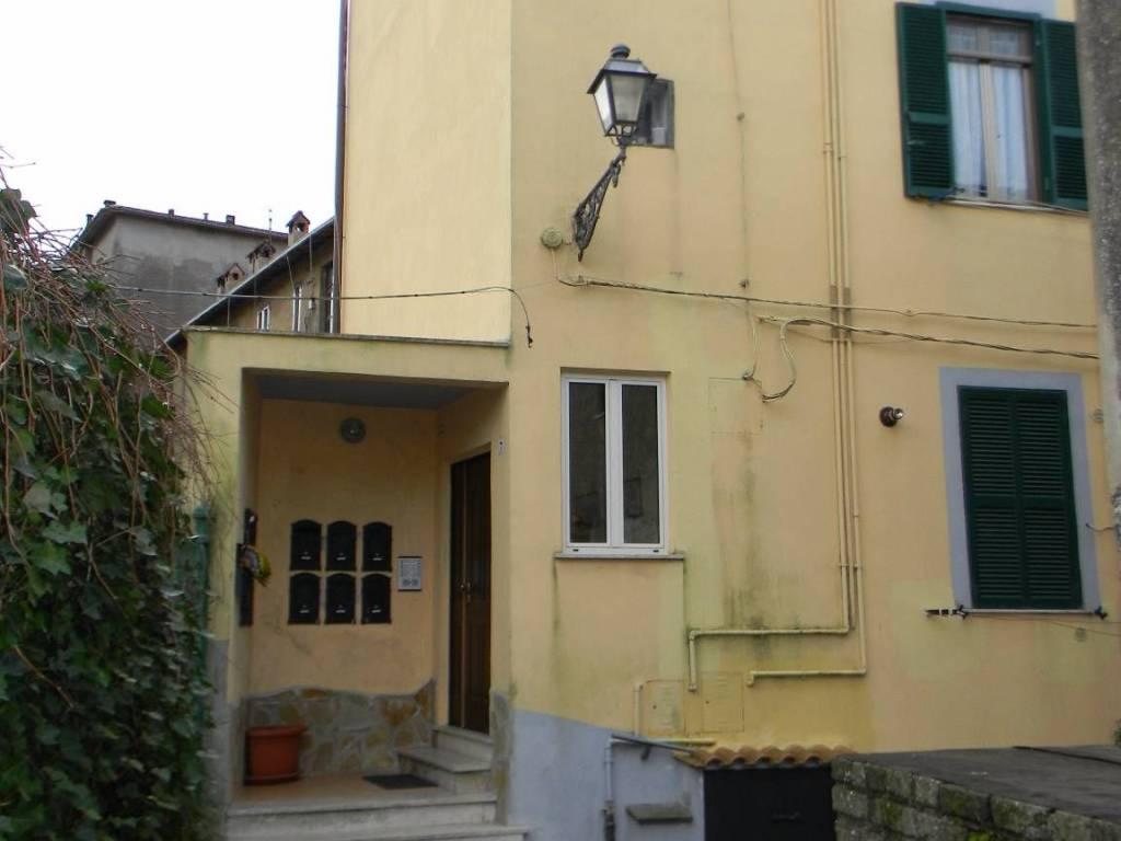 foto ingresso Bilocale via Giuseppe Garibaldi 5, Allumiere