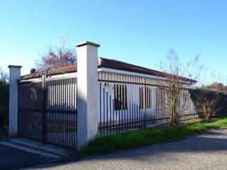 Foto - Villa via Chivasso 10, Berzano Di San Pietro