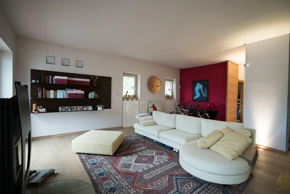 foto  Villa unifamiliare, ottimo stato, 190 mq, Iseo