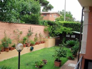 Foto - Villa a schiera via Padre Campana, Casal Palocco, Roma