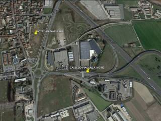 Foto - Terreno edificabile commerciale a Guardamiglio