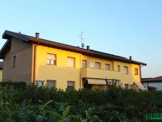 Foto - Bilocale via Cavalieri Di Vittorio Veneto, Bregnano