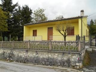 Foto - Casa indipendente 116 mq, buono stato, San Pietro, Isola Del Gran Sasso D'Italia
