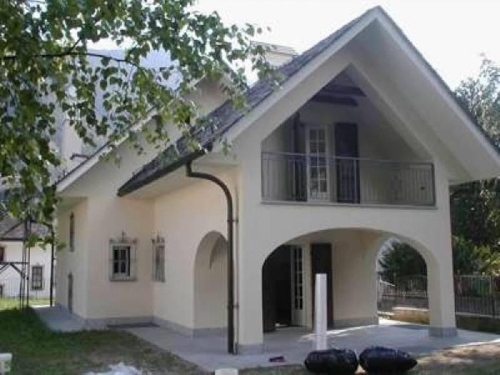Ufficio Casa Domodossola : Vendita casa indipendente in via domodossola santa maria maggiore