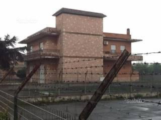 Foto - Palazzo / Stabile 300 mq, Fiumicino