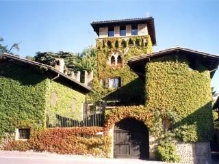 Foto - Palazzo / Stabile tre piani, ottimo stato, Gorle