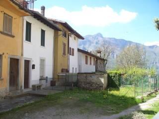 Foto - Casa indipendente via San Pietro D'Orzio 37, San Pietro D'orzio, San Giovanni Bianco
