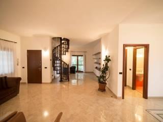 Foto - Villa via Guglielmo Marconi 51, Trezzano Sul Naviglio