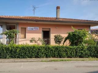 Foto - Villa via Molino 10-18, Calvi