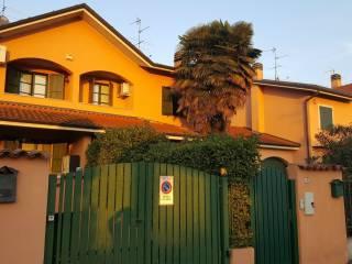 Foto - Villetta a schiera 5 locali, buono stato, Albignano, Truccazzano