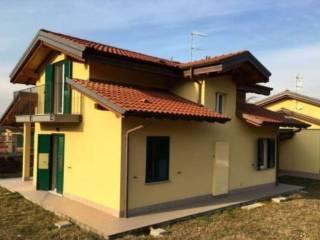 Foto - Villa via I Maggio 1, Inarzo