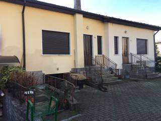 Foto - Villa a schiera via XXV Aprile, Casorate Sempione
