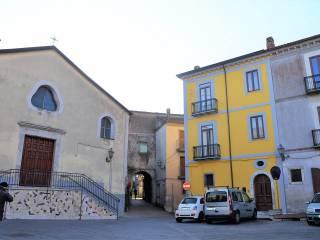 Foto - Trilocale ottimo stato, piano terra, Avellino