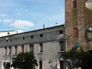 Foto - Palazzo / Stabile piazza Umberto Merlin, Centro città, Rovigo